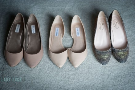 wedding-shoes-lined-up-photo-from-above